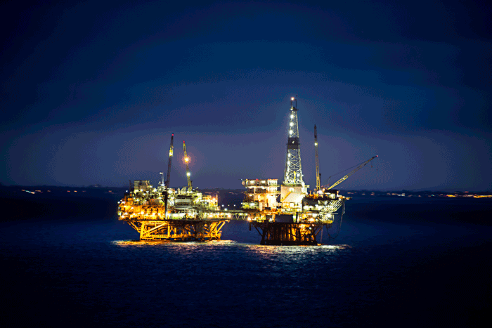 Oil-Rig-over-water